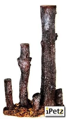URS Upright Log With Rock Medium