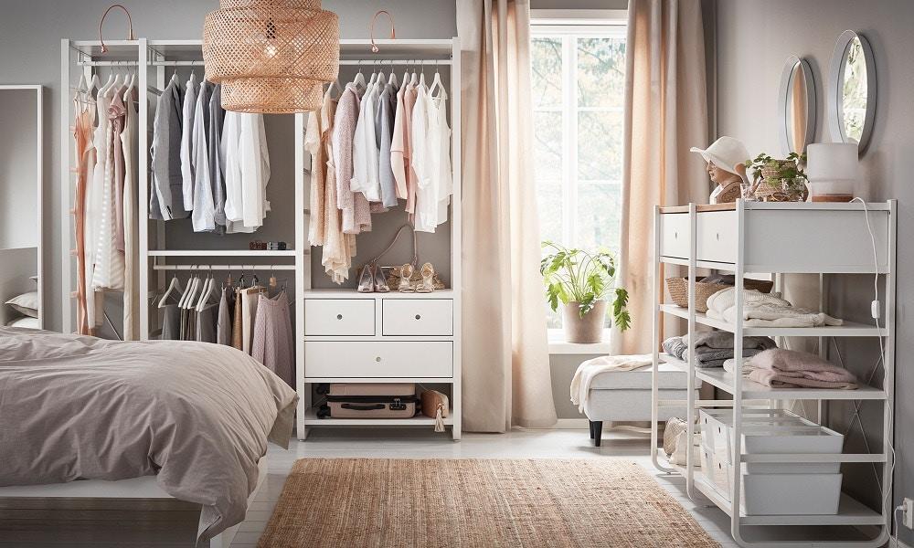The Magic of an Organised Wardrobe