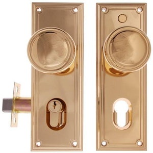 Gainsborough Trilock 890 Traditional Knobset Double Cylinder Bright Brass