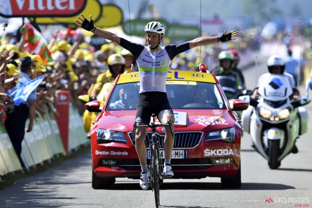 Cummings takes emphatic stage win, Van Avermaet extends Tour de France lead
