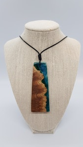 Yindi Artz Denim blue and yellow box burl pendant
