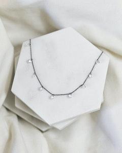 I Dream of Silver Pretty Cubic Zirconia Drop Necklace (Roskva)