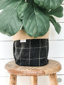 Pot Plant Cover - Midnight Check and Hessian Reversible