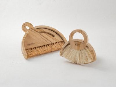 Kayu&Co. Wooden Dustpan & Brush Set (Small & Large)