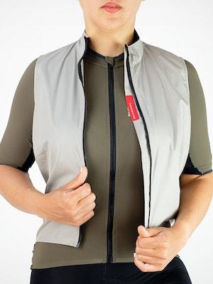 Twenty One Cycling Factory Wind Vest - Ivory - Women