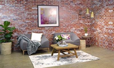 Alisa & Lysandra, Relaxed Living Room Style