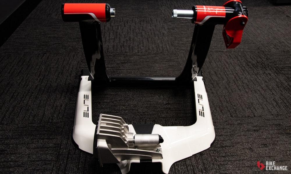 indoor-trainers-buyers-guidetyre-drive-elite-qubo-jpg