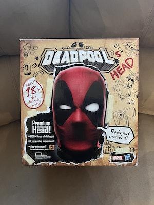 Deadpool Premium Interactive Head