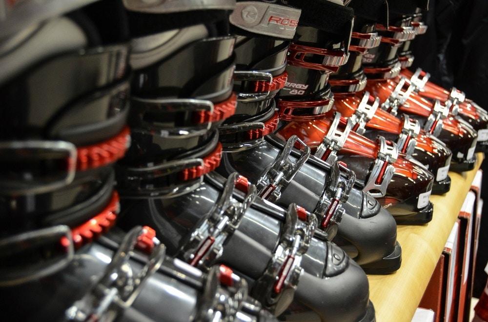 Ski & Snowboard Boots & Bindings