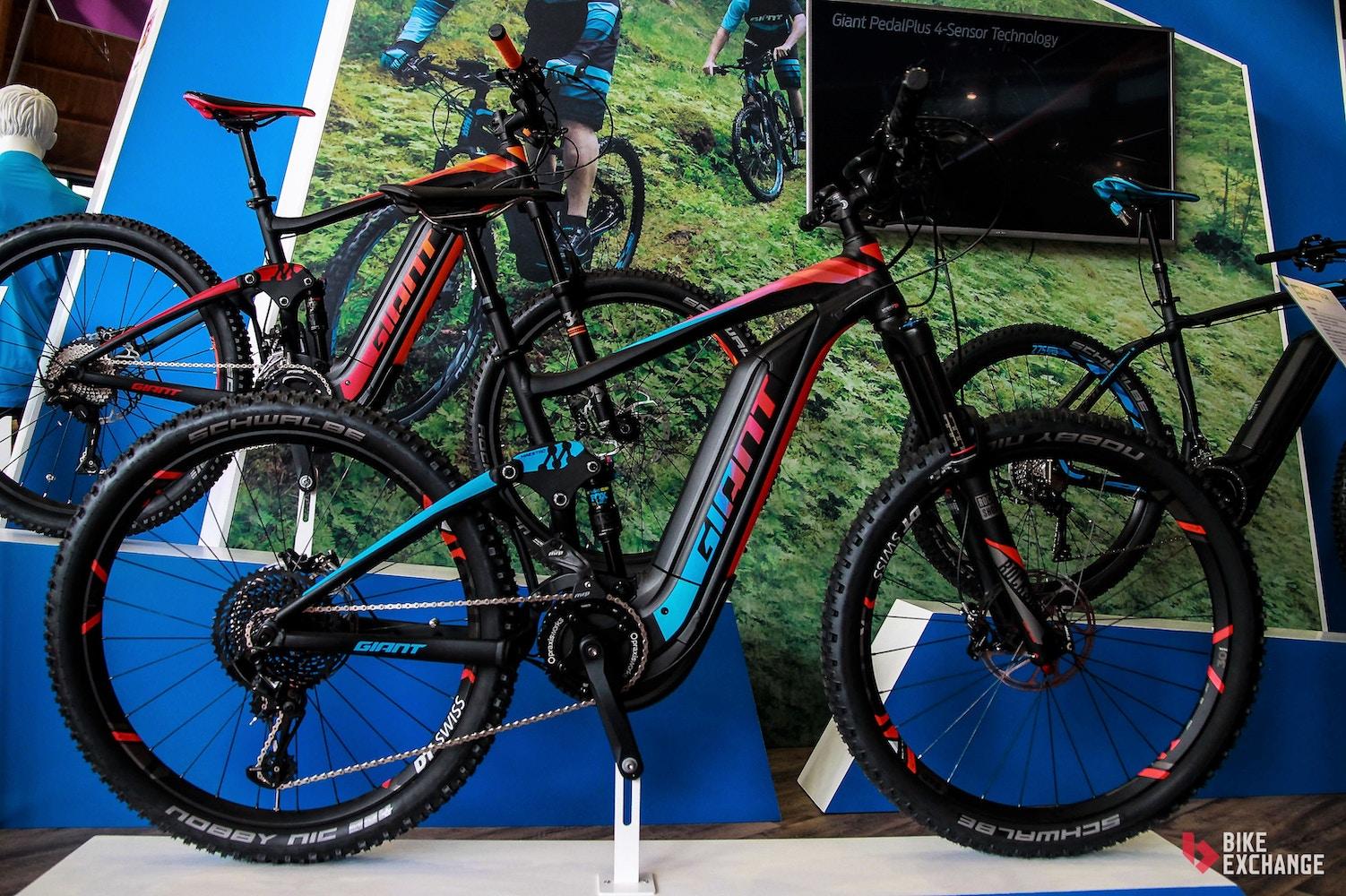 Giant E-Bikes 2017 mit komplett überarbeitetem Full-E