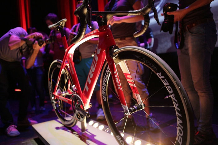 display Trek Madone Celebrity