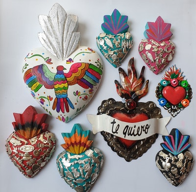 Liliz Lu Studio Sacred Mexican heart, beautiful to decorate your space,home, office, living room,and fill it with good vibes and color, made of tin.