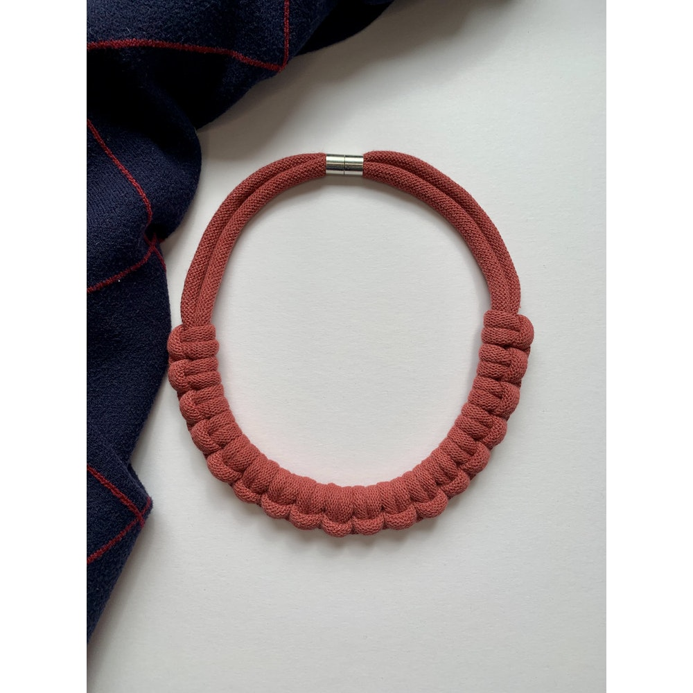 Form Norfolk Hitch Knot Necklace In Berry Red