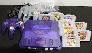 Nintendo 64 PAL UK Controller + extra, 8 Games