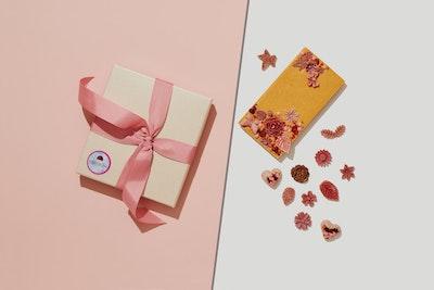 KHRUSTALЁVA Chocolate card