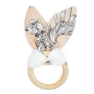 Global Sisters Shop Taylor Teething Ring - Floral