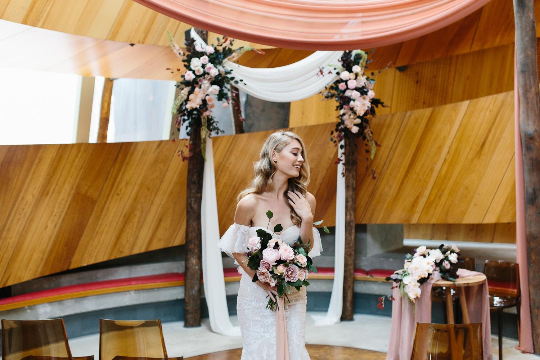 2018 WEDDING FASHION TRENDS