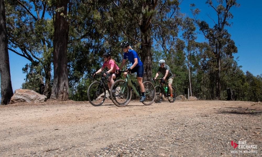comparacion-bicicletas-gravel-accesorios-jpg