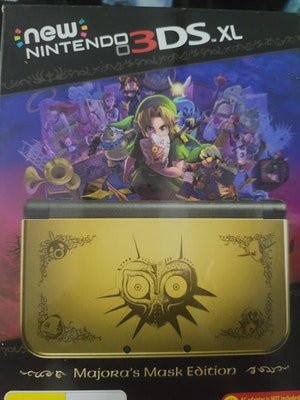 Legend of zelda majoras mask edition New 3ds xl console brand new