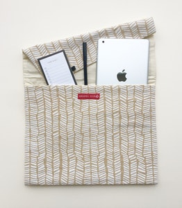 Global Sisters Shop The Everything Pouch - Serengeti White