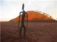 Beanie Bunch reach Wiluna  at 12.32pm today via Menzies, and amazing abstract art at Lake Ballard