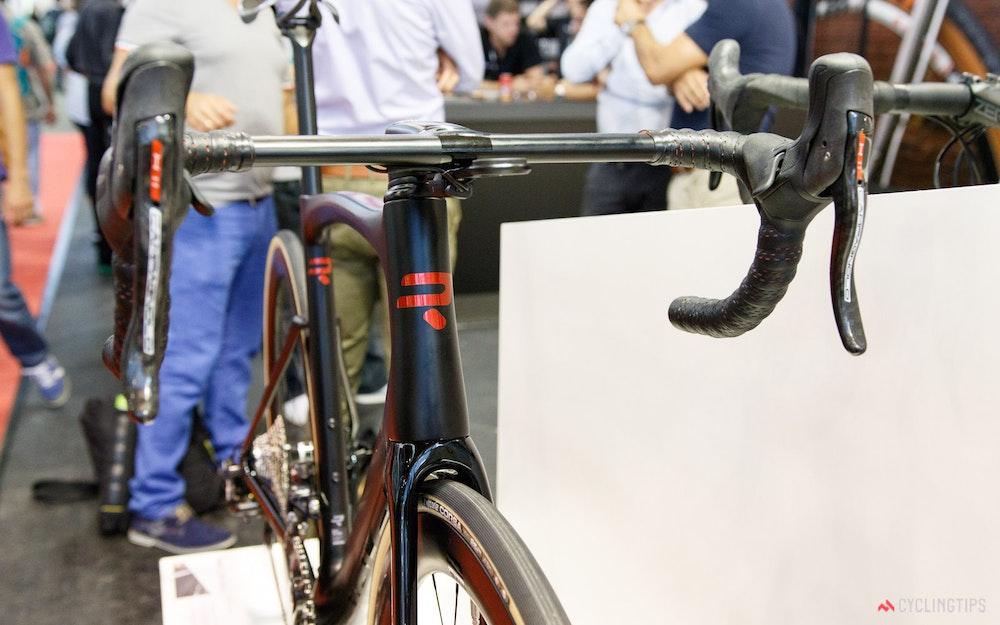 ridley-noah-sl-disc-aero-road-bike-2-jpg