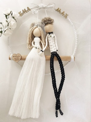 Sculptures of the Earth Macramé dolls (Bride and groom)