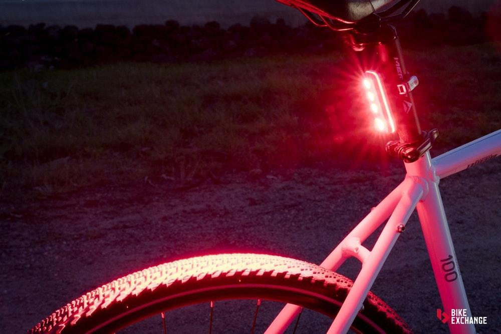 guia-definitiva-luces-de-bicicleta-diferencias-jpg