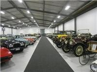 Classic cars at WOW Art