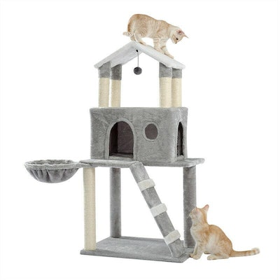 House of Pets Delight Stylish Winter Home Cat Tree