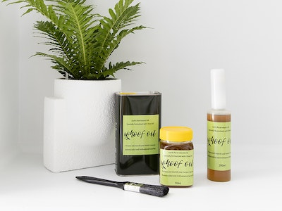 Horse and Olive Co  Complete ohoof oil package - bottle brush 280ml, 350ml container with brush plus 1 litre refill