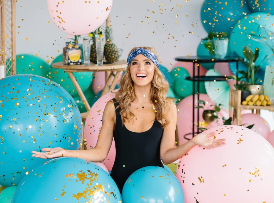 THE ULTIMATE GUIDE TO STYLING A PARTY
