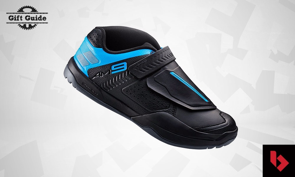 christmas-gift-guide-for-mountain-rider-shimano-trail-shoes-jpg