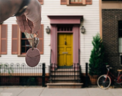 Changes to Victoria's renting laws: Rental provider must provide a free set of keys for each renter