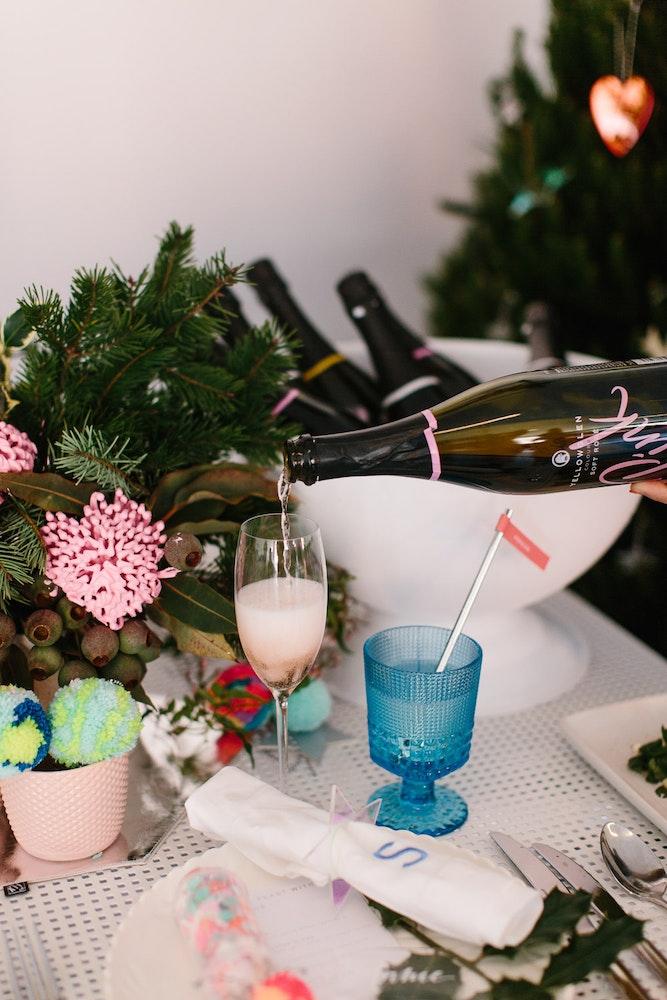 LENZO Christmas Hello Kit Co Partyware