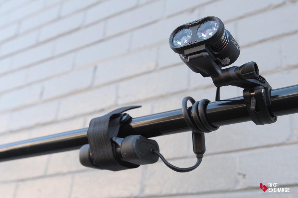 guia-definitiva-luces-de-bicicleta-bateria-jpg