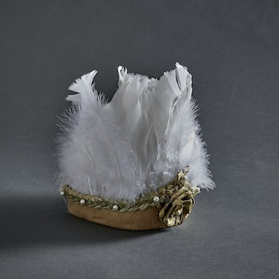 Global Sisters Shop Feather Crown