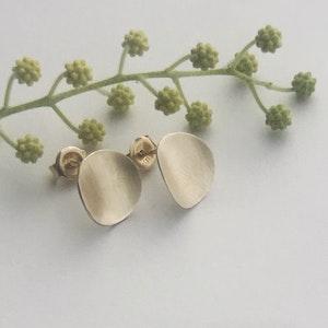 Medium Gold Curved Earrings