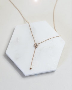 I Dream of Silver Stunningly Simple Lariat Necklace (Urd)