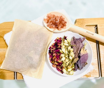 Soul Aware Botanics TRIPLE GIFT PACK 'Tub Teas' - Blend of Botanicals, Magnesium, Salts and Pure Oils for your Bath 2021