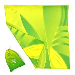 Tuvigo - Trendy Tiny Towel in a Pouch. Design: Vivid Botanical