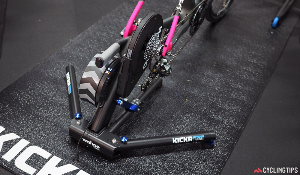Wahoo KICKR trainer version2.0 2016 CyclingTips 43068