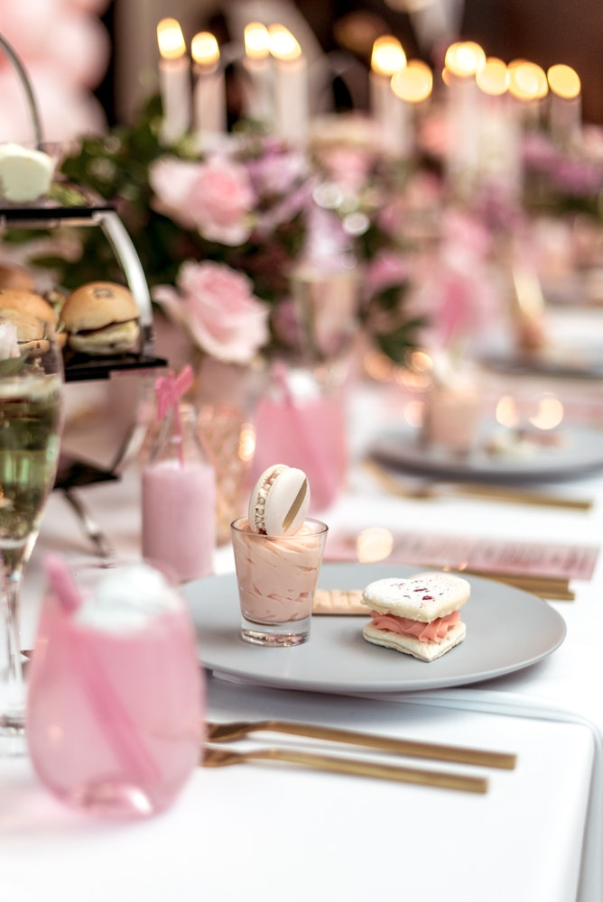 LENZO The Westin Melbourne Baby Shower Table Setting