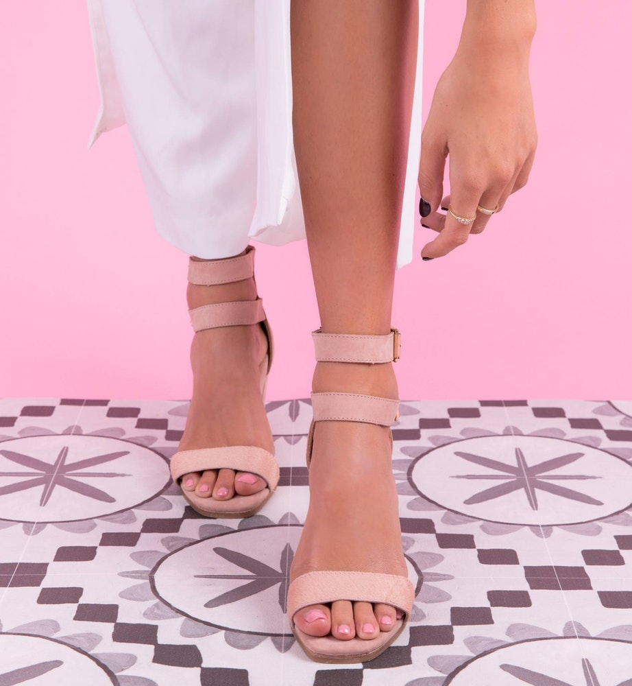 LENZO Metallic Shoes Bared Footwear