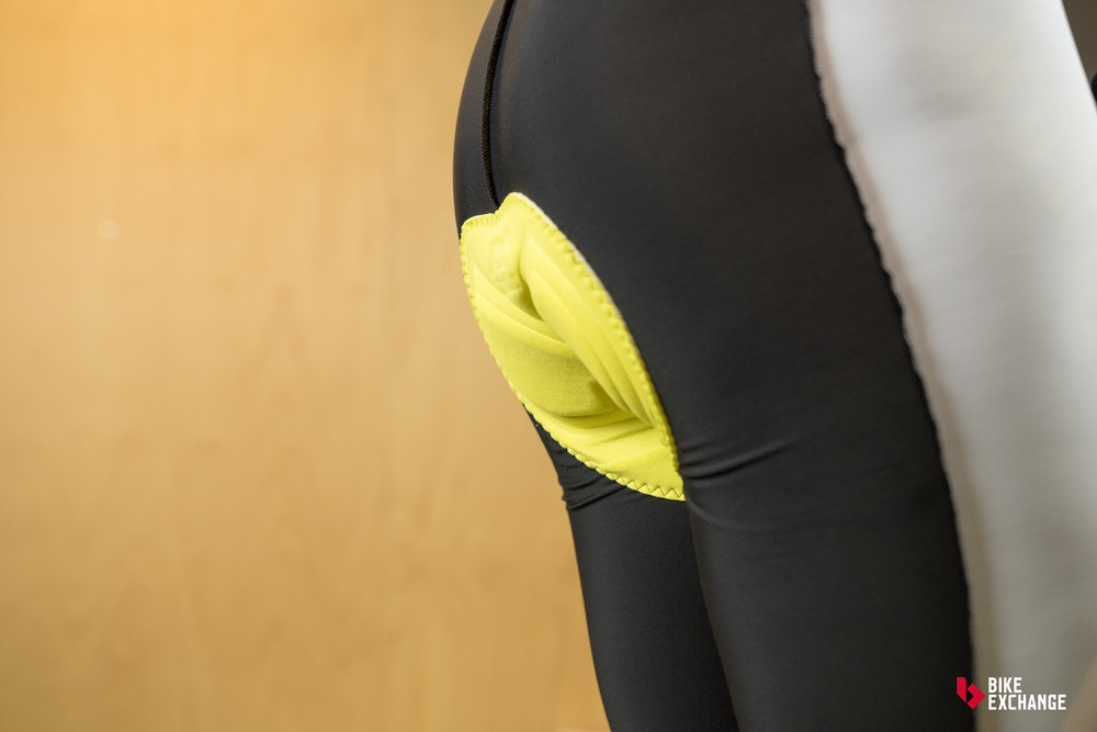 custom cycling clothing buyers guide chamois placement