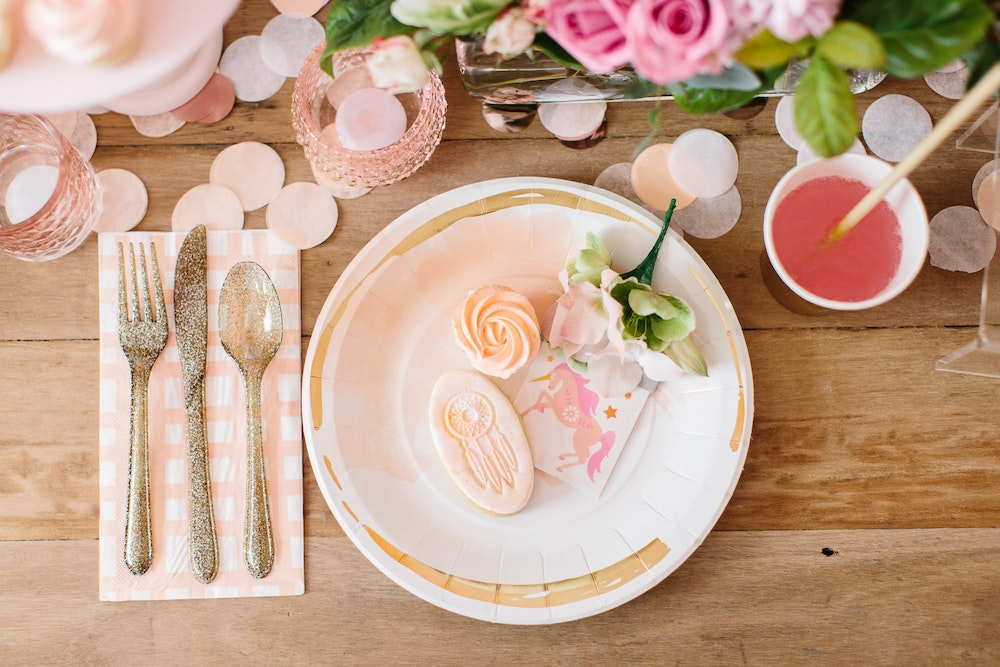 LENZO Boho Birthday Ruby Rabbit Tableware