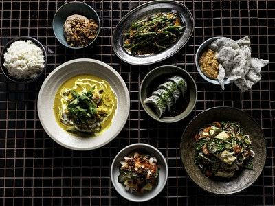 Hanoi Hannah Vegan Banquet, Feeds Two