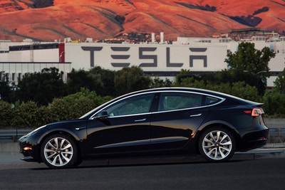 Should Insurance Companies Be Worried By Tesla's Initiative?