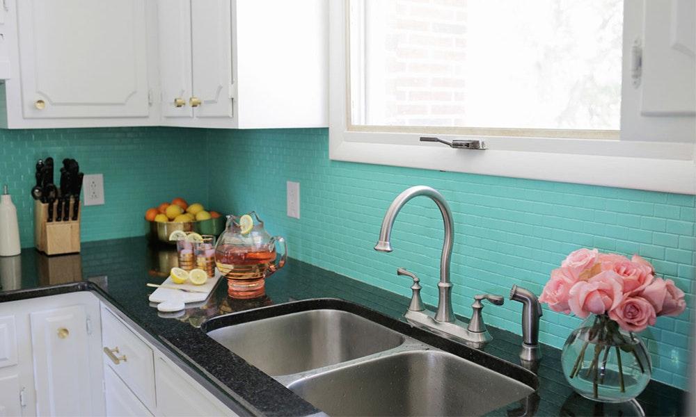 quick-kitchen-hacks_painted-splashback-jpg