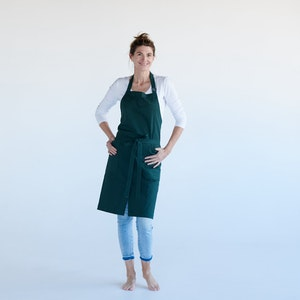 Apron Organic Artist, with split front, made in pure 100% Organic cotton